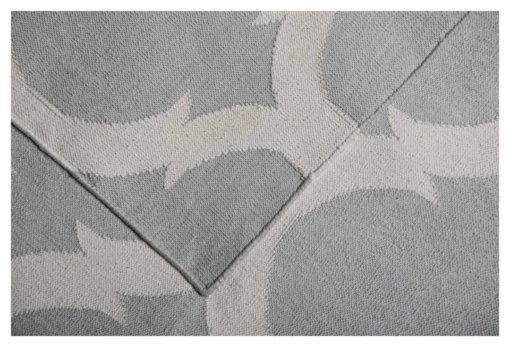 LATTICE – CLOUD GREY & WHITE Closeup