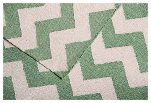 CHEVRON ILLUSIONS - Fern Green & White Closeup
