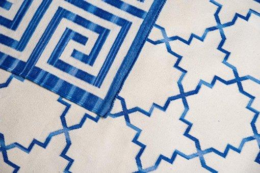 SHALIMAR - COBALT BLUE & OFF WHITE Closeup
